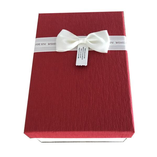 Set da 3 di scatole rettangolari rosse con coperchio e nastro