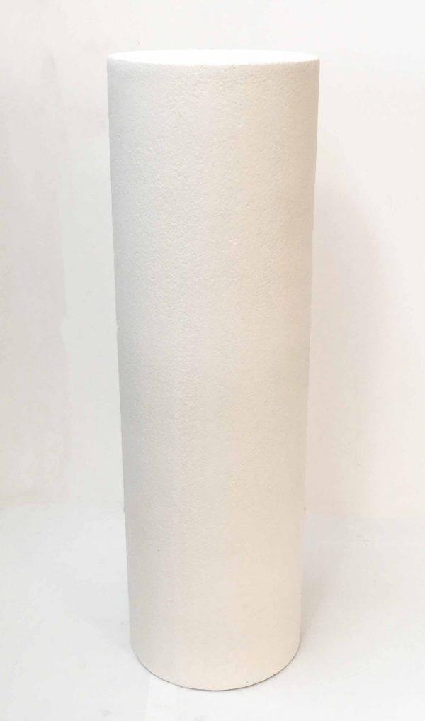 Colonna in resina bianca con base tonda, ideale per l'allestimento di matrimoni ed eventi. D.31 H.101
