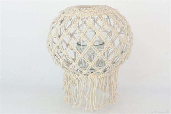 Lanterna sfera in macramè bianco con frange e vasetto in vetro d. 29 h. 36 cm