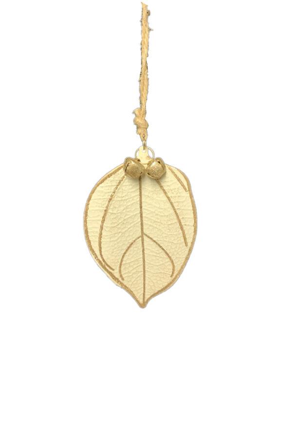 Decorazione addobbo albero di Natale a forma di foglia in latta color crema con venature oro e campanelle h. 14 cm