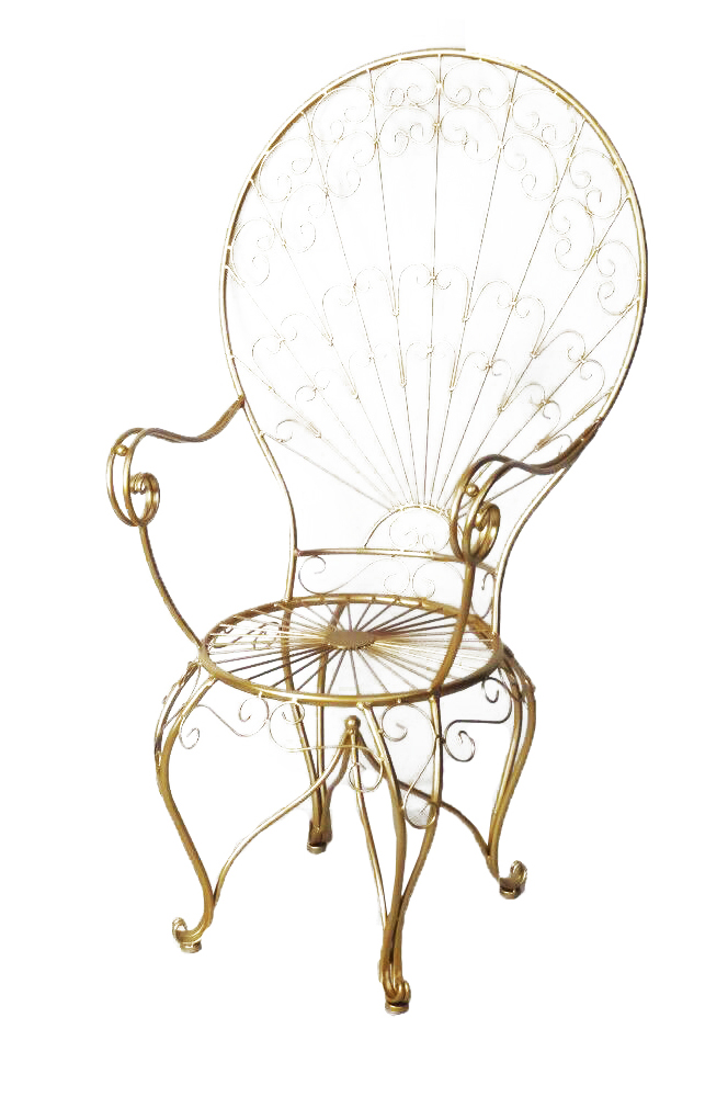 "Sedia in metallo oro in stile ""papale""66 x 50 h. 125 cm"